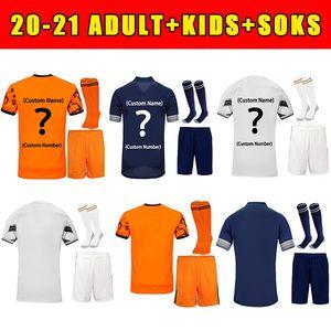 2021 Jersey de football Top Soccer Ronaldo Dybala Morata de Ligt McKennie 20 21 Version des fans Kit de haute qualité pour enfants adultes + chaussettes Chemise de football