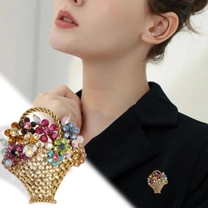 Vintage Rhinestone Flower Brooch Colorful Brooches For Women Autumn Design Fashion Jewelry Coat Accessories