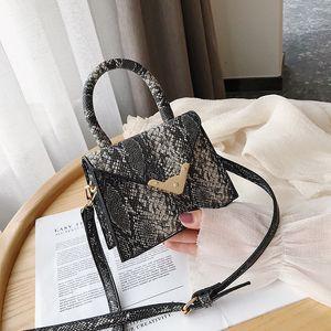 Designer Handbags for Women Fashion Single Shoulder bags Crossbody Messenger Bag New Snake Portable Bag Female Vintage Handbags
