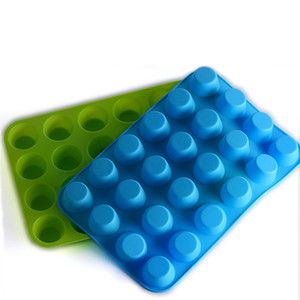 24 Hole Muffin Cup Mold Silicone Cake Cookies Jelly Biscuit Baking Tray Cake Cup Baking Mold Mixed Color Send DHF3610