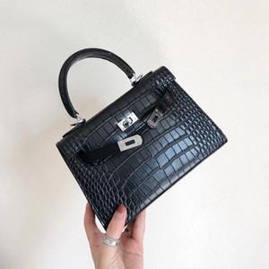 Charm2019 نمط جلد طبيعي أزياء المرأة كايلي تمساح خطوط حقيبة واحدة الكتف حقيبة جلد البقر المائل حزمة