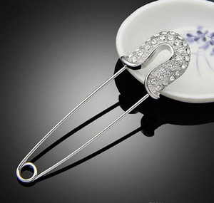 Clips Crystal Hats Brooches Fashion Pins Pin Suit Brooch Jewelry Alloy Rhinestones Pins Jewelry For Girl Up Women Gift sqcHI footballshoe