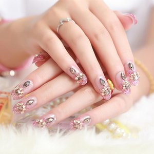 False Nails 24PCS Luxe Blaching Rhinestone Bruiloft Kunstnagels Transpant Glitter Gems Ontworpen Vierkante Volledige Korte Nep Nagels Bruid