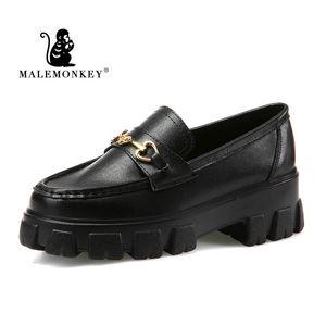 Malémonkey Marque Femmes Mocassins Flats Noir 2020 Nouvelle automne Métal Décoration Fashion Machasers Plateforme Femme Femmes Chaussures 033213 C1120