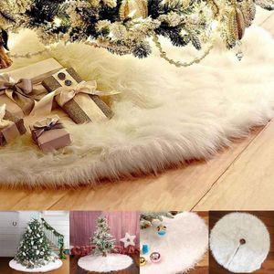 2020 New 72 90cm Christmas Tree Long Snow Plush Skirt Base Floor Mat Cover Xmas Snowflake Party Decor Christmas Tree Skirts Y1203