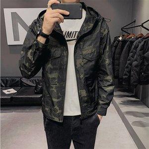 Fashion Jacket Mens Casual Camo Hooded Jacket Men Waterproof Windbreaker Coat Man Print Streetwear Coat Outwear Plus SizeX1121