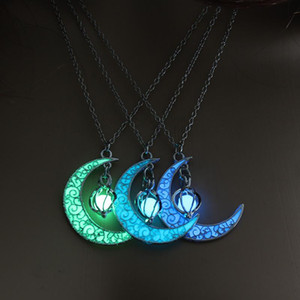 Hot Sale New Moon Glowing Pendant Necklace Chain Gem Charm Jewelry Luminous Stone Necklace for Women Halloween Gift 2020
