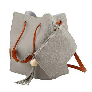 Tassel Donne Borsa a tracolla Colore solido Madre in Girl Bag Secchio ad alta capacità Borsa a mano Messenger Cross Body Bag Females A40