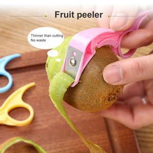 1 ADET Paslanmaz Çelik Sebze Meyve Soyucu Yaratıcı Çatal Soyucu Sebze Kesici Pişirme Araçları Mutfak Aksesuarları Gadgets GWE3477