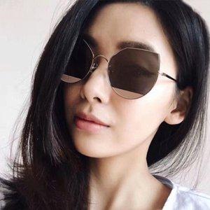 Óculos de sol Laura Fada moda colorido lente transparente mulheres quadro de metal uv400 cateye óculos de sol occhiali da sola donna 2021