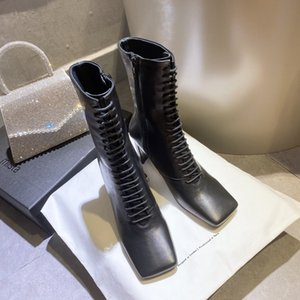 2020SS fashion women Square toe ankle boots top quality Leather surface and strap design stivali firmati work booties