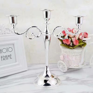 Silver Gold Bronze Black 3-Arms Metal Pillar Candle Holders Candlestick Wedding Decoration Stand Mariage Home Decor Candelabra LJ201204
