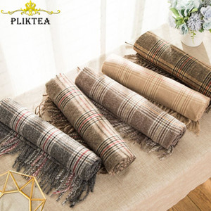 PLIKTEA Autumn Winter Men & Women Merino Wool Plaid Scarf Warm Poncho Female Cashmere Stole Women Shawl Lady Fashion Pashmina LJ201112
