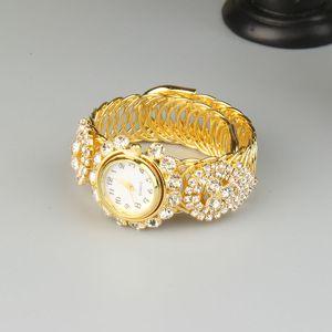 New Fashion Simple and Versatile Wedding Bracelet Watch  Women Full Diamond Shiny Fashion Bracelet Watch High-end Jewelry Ladies Giftsgood.