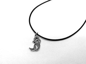 Collana Little Sirena Sea-Maid Phish Tail Silhouettes Corda Collane in pelle per bambini Ariel Beach Ocean Fairy Tale Gioielli