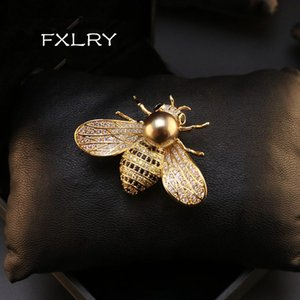 wholesale New Design Insect Series Brooch Women Delicate Little Bee Brooches Crystal Rhinestone Pin Brooch Jewelry Gifts For Girl