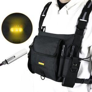 Охотничьи куртки на открытом воздухе, мигающий ночь Предупреждающий жилет Интернефон Сумки на груди Многофункциональное хранение