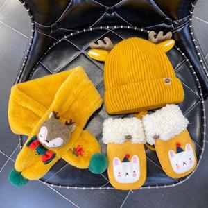 Boîte cadeau de Noël pour enfants enfants Noël trois pièces garçons et filles hiver hiver chapeaux chauds + gants + écharpe enfants présente une vente chaude