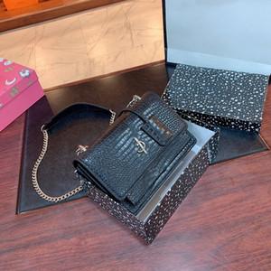 2020 luxury classic ladies handbag single shoulder diagonal clutch bag letter design chain small square bag for women