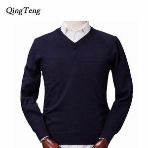 Qingteng jersey hombres hechos punto suéteres de lana de cachemira 2021 nuevo otoño invierno cálido suave manga larga cuello camisa camisa hombre