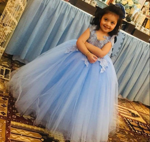 Sky Blue Lace Backless Short Flower Girl Dresses Ruffled For Wedding Pageant Gowns Satin Knee Length First Communion Dress Tutu Skirt