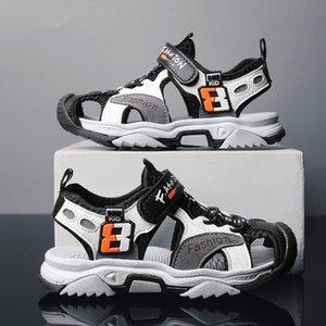 Sandálias de velcro das crianças Nova clássico Casual Antiskid Men's Sports Beach Shoes no verão 2020 C1212