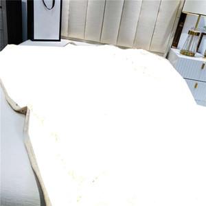 الفاخرة المنزل البطانيات الدافئة الفانيلا لينة الجاكار بطانيات مصمم بطانيات سميكة قيلولة بطانية أريكة بطانية سيارة بطانية