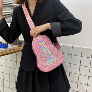 2020 Sommer Neue Stil Kleine frische Persönlichkeit Laser Pailletten Diamant Dream Violine Gitarre Form Kleine Umhängetasche Weibliche Handtasche