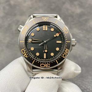 2020 VSF V2 Diver 300M James Bond 007 Нет времени, чтобы умирать Cal.8806 Автоматические мужские часы Mens 210.90.42.20.01.001 Черный циферблат стальной ремешок Gents Watche