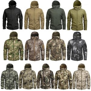Men's Camouflage Fleece Tactical Jacket Men Waterproof Softshell Windbreaker Winter Army Hooded Coat Hunt Clothes1