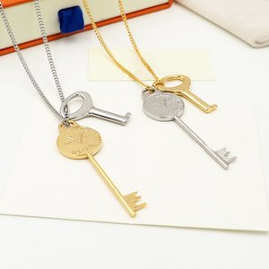 Europe America New Style Men Lady Women Gold- and Silver-colour Hardware Engraved V Initials 2 Key Necklace MP2842