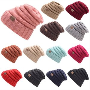 Europe And The United States Fall And Winter Selling Labeling Pure Color Winter Hats Wool flanging Knitted Cap dhl