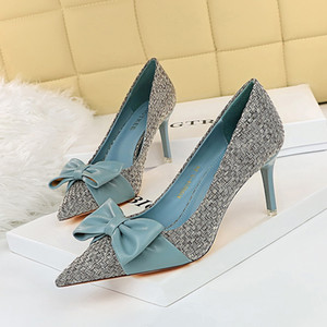 Elegante Sweet Heels Mulheres Luz-tonificada Finated Bow Alto Salto Único Bombas Mulheres Casamento Sapatos C1120