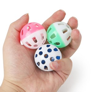 Pet Toys Hollow Plastic Pet Cat Colourful Ball Toy Palla con Piccola Bell Loveable Bell Voice Plastic Interactive Ball Ball Tinkle Cucciolo giocattolo giocattoli Z468