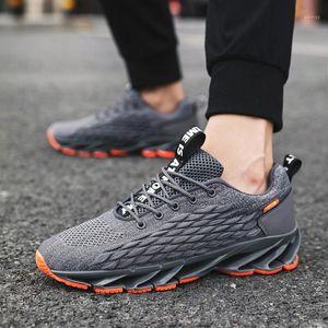 Moda 2020 Hombres Zapatos Zapatillas informales Zapatillas cómodas transpirables Hombre Malla ligera Soft Soft Sneakers Sport Calzado 461