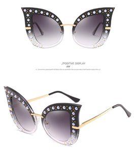 Personalidad Moda Perla Remache Gafas de sol Gafas de sol Gafas de sol grandes Marco con diamante Vidrios de lujo Exquisitos DDE3241