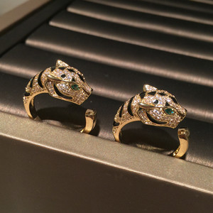 Encantador lindo animal leopardo anillos moda chispeante diseño de lujo diamante zirconia cobre anillo de banda para las mujeres chicas abiertas ajustables