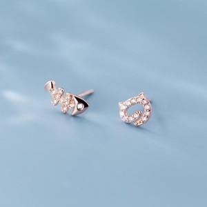 Simple Small lovely Fish Kitty Inlaid Zircon Asymmetric Stud Earrings Japanese Korean Wind Earrings