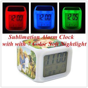 المنبه التسامي مع مع 7 لون لينة نايت كبيرة اللون مربع المنبه صغير الصمام اللون متعدد الوظائف تغيير ساعة