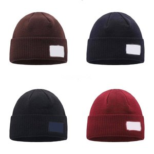 Chapeaux radin soudre de soleil femmes chapeaux de chapeau de paille de paille en ligne de voyage en plein air Protection UV Deux types de couleur à vendre # 339543534