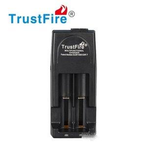 원래 Trustfire TR001 2 슬롯 리튬 배터리 충전기 14500 16340 18500 18650 60PCS / 로트