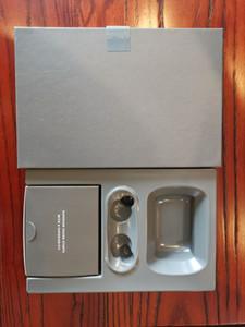2020 Mini TWS Wireless Bluetooth Auricolare Bluetooth Doppio auricolari con caricabatterie Dock Stereo Cuffie per iPhone XS 8 7 Plus S9 Plus Android