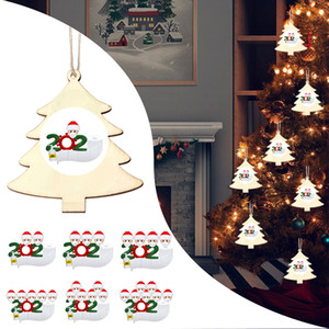 2020 New Christmas Ornaments Wooden Ornaments Santa Clause Family Wearing Mask Wood Handmade Xmas Tree Decoration Wooden sign
