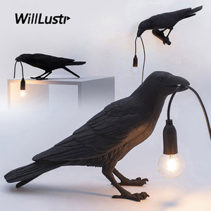 Creative Lucky Bird Table Lamp Modern Resin Desk Light Hotel Bar Cafe Booth Living Kid Room Bedside Art Deco Minimalist Lighting