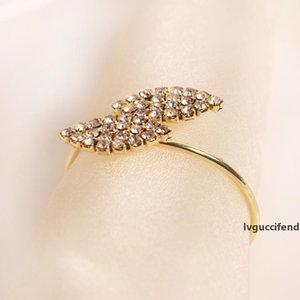 بلينغ منديل الدائري حامل الماس ورقة خاصة تصميم الفولاذ المقاوم للصدأ الذهب منديل الدائري الزفاف الجدول الديكور
