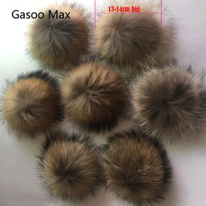 5pcs  lot DIY Pompon 13-14cm 15cm Raccoon and Fox Fur Pom Poms Fur Balls for Knitted Hat Cap Beanies and Scarf Real Fur Pompoms C1123