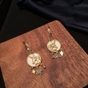 Free shipping 2020 new women's earrings fashion accessories gifts first choiceNVTP