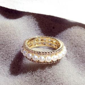 Anillo de moda Joyería de lujo Diseñador de lujo Diamond Zirconia Pearl Band Anillo para mujeres Niñas Tamaño 8