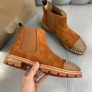Moda Nuevo estilo Redbottom Sneaker Men Boots Spikes Suede Leather Men Rivet Shoes Super Perfect Melon Motorcycle Boot FO Hombres Tamaño