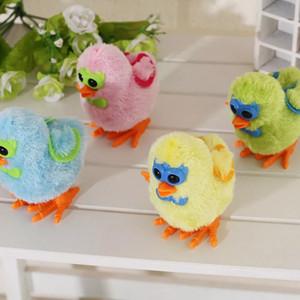 Jouets éducatifs pour enfants Chick-Chicken Toys Toys Toys Chaîne en plastique fonctionnera sur une couleur aléatoire d'horlogerie 1pcs